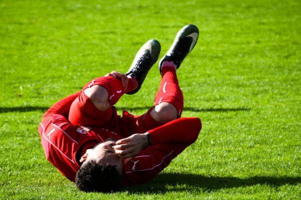 サッカーでの怪我に関する英語ボキャブラリー&フレーズ50+
